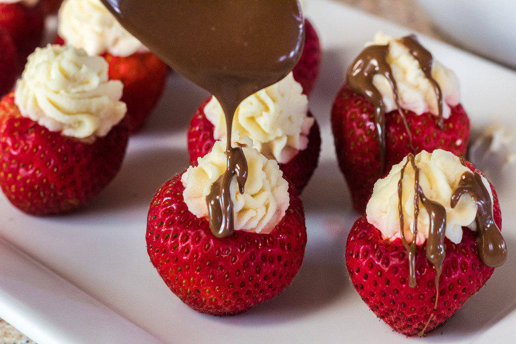Keto game day food Stuffed Strawberries-with chocolate