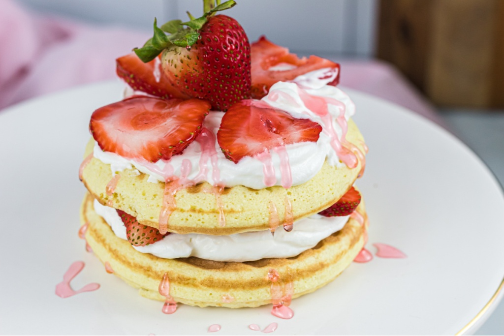 stacked keto strawberry shortcake chaffle