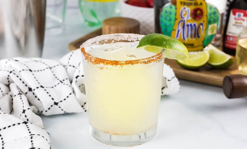 keto margarita sitting on counter