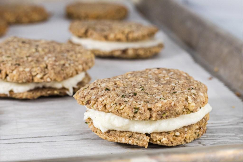 Keot oatmeal cream pie