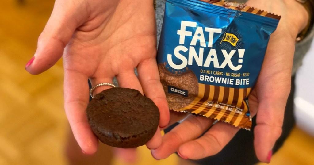 fat snacks crackers