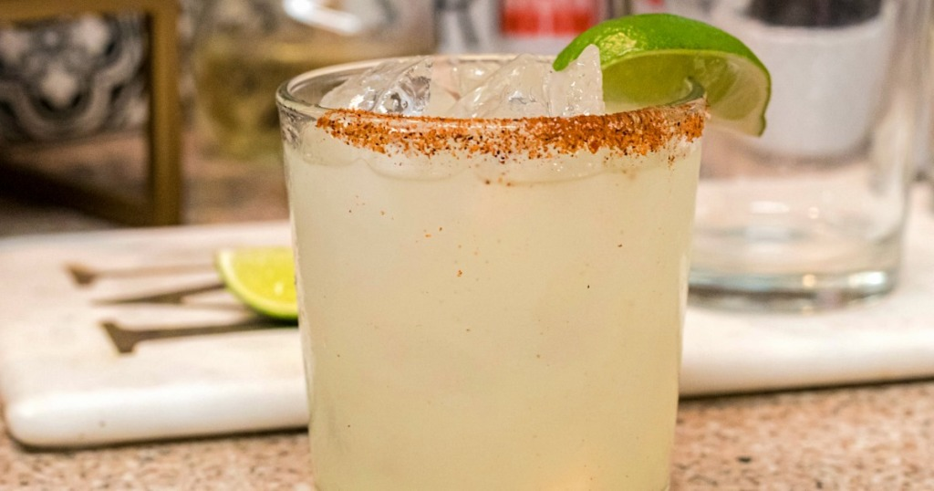 keto margarita with salted rim and lime wedge
