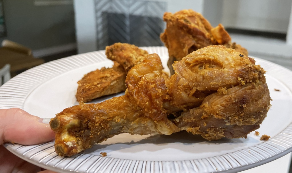 keto fried chicken on a plate