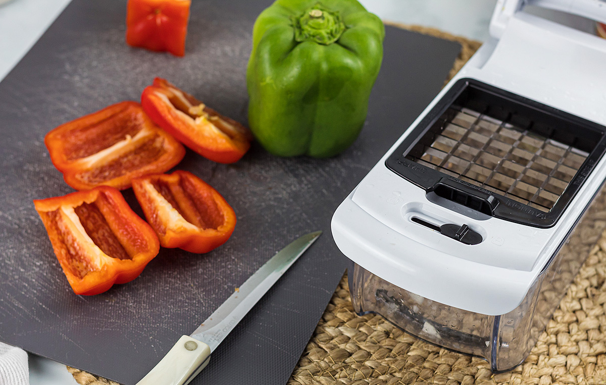 veggie chopper with peppers