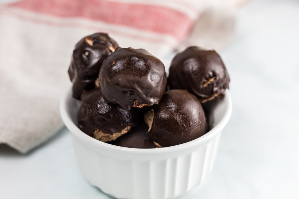 chocolate covered cherry fat bomb