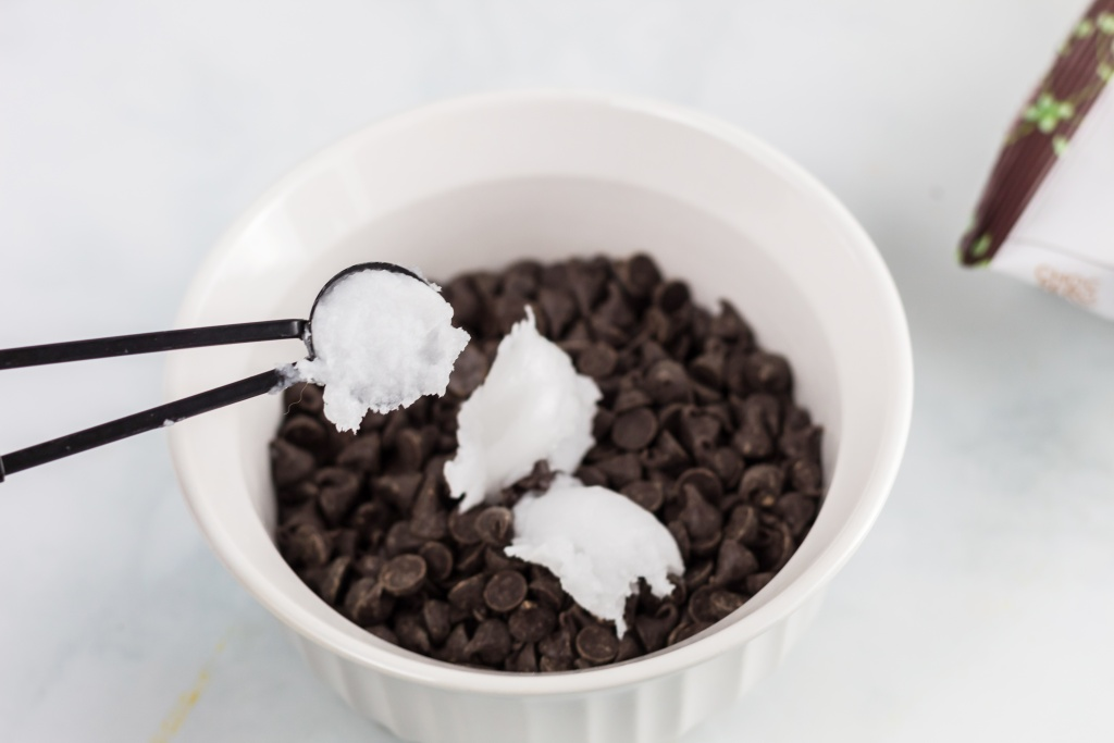 coconut oil in chocolate chips