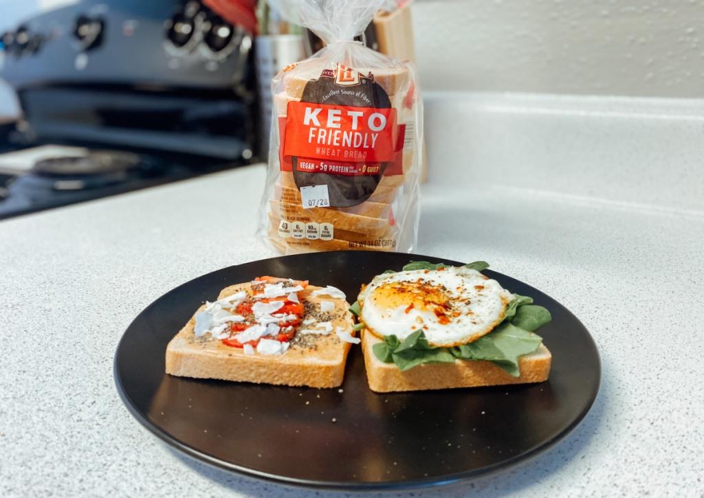 slices of keto bread
