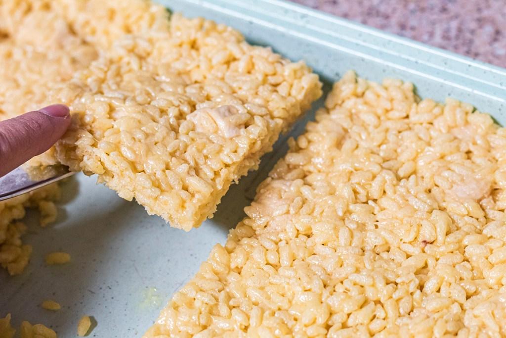 keto rice krispie in pan