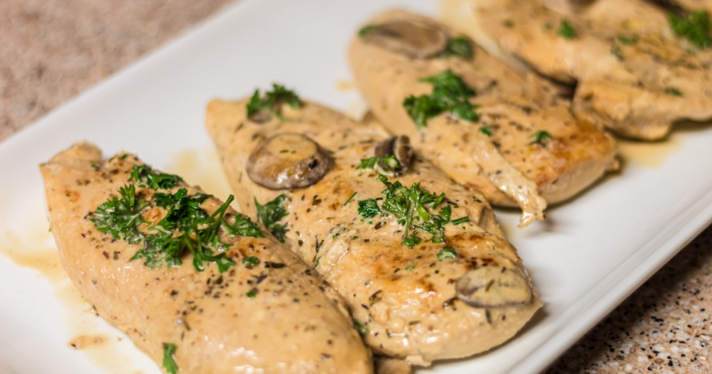 Keto chicken marsala on a plate