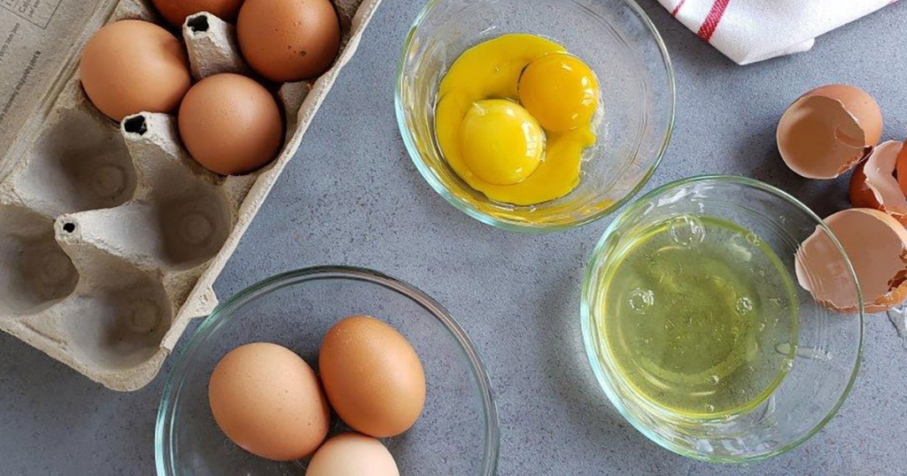 eggs separated in various bowls
