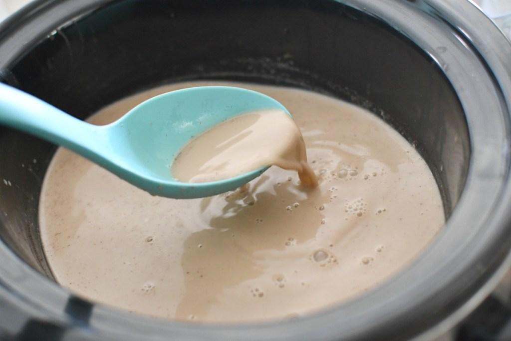 slow cooker gingerbread latte after melting