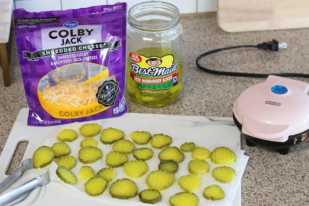 Dash fried pickle ingredients