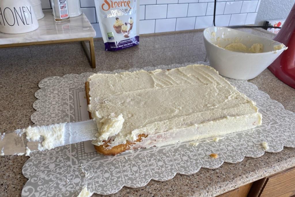 icing keto cake