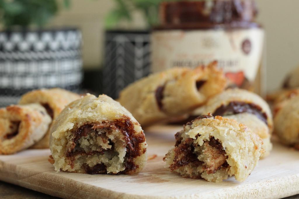 keto crescent rolls filled with chocolate hazelnut spread