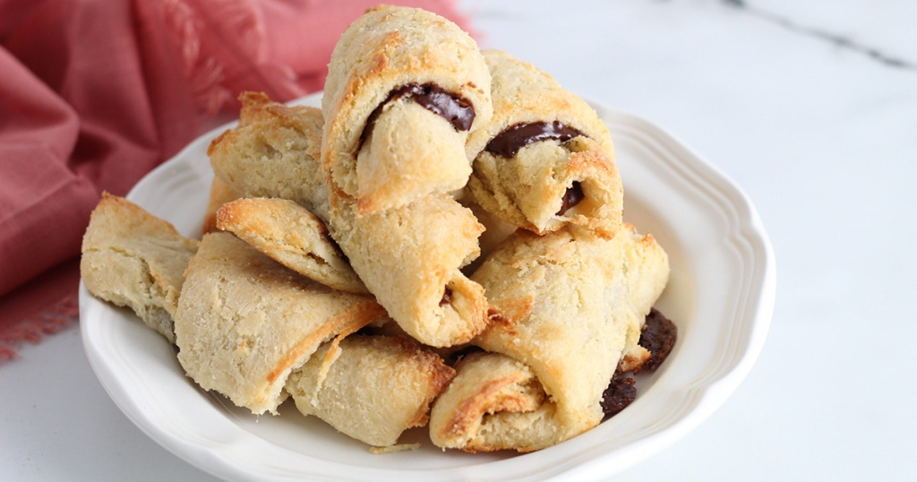 keto chocolate filled crescent rolls