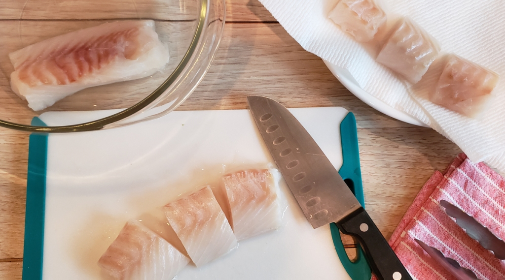 Slicing thick cod loins