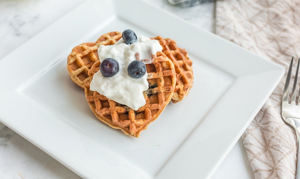 Keto Blueberry Chaffles (4 of 4)-X4