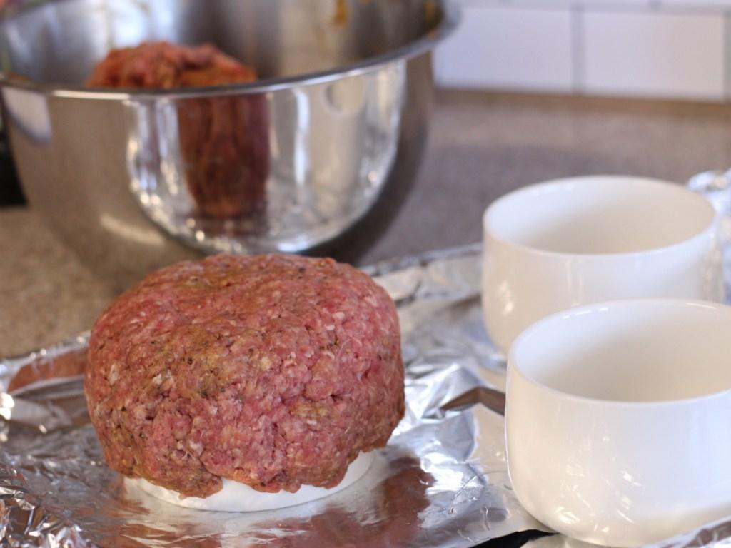 shaping hamburger bowl