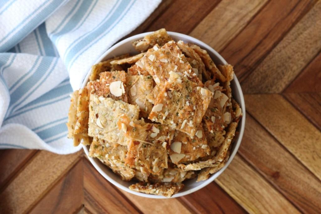 bowl of keto crackers