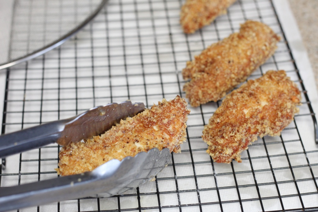 letting fried chicken strips dry