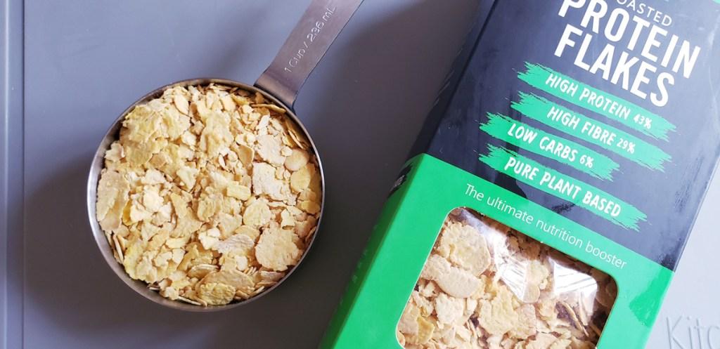 Lupini flakes