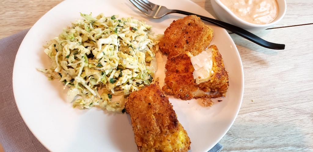 keto fish with slaw on plate