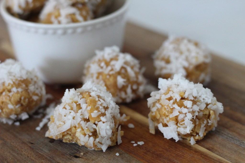 keto coconut cacao butter truffles