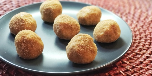 Keto Snickerdoodle Fat Bombs (Curb Cookie Cravings!)