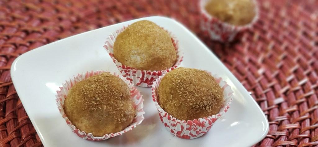 keto cinnamon roll fat bomb on Serving plate