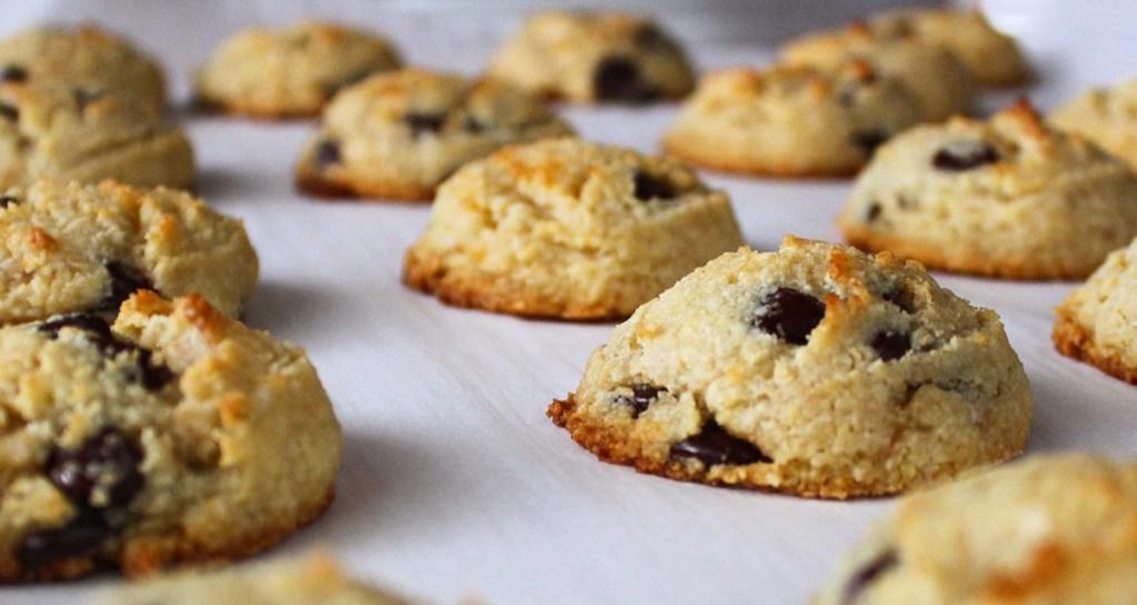 el fluff bakery chocolate chip cookies