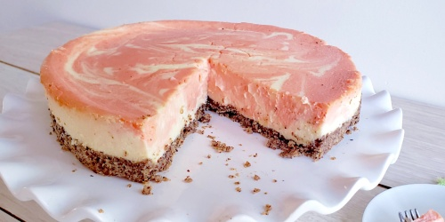 Grab a Slice of This Keto Orange Creamsicle Cheesecake