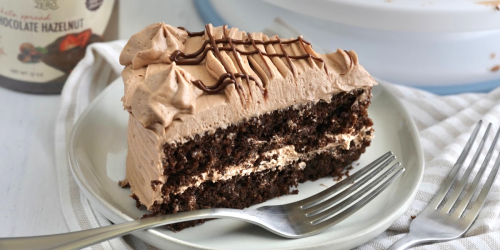 Have Your Keto Chocolate Hazelnut Cake and Eat It Too!