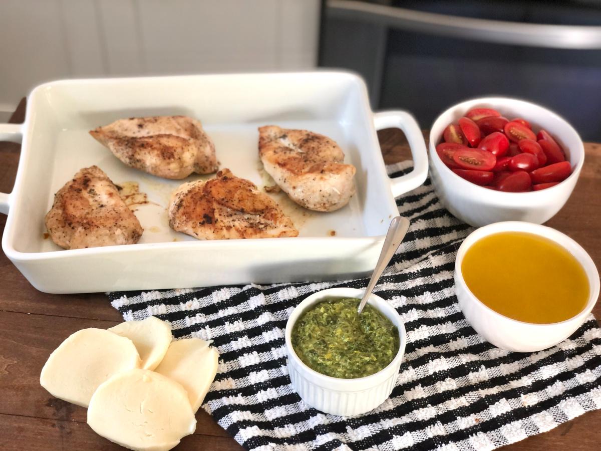 assembling Grilled Chicken Margherita Olive Garden