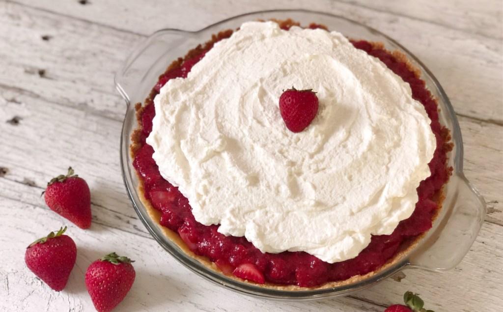 finished keto sugar free strawberry pie