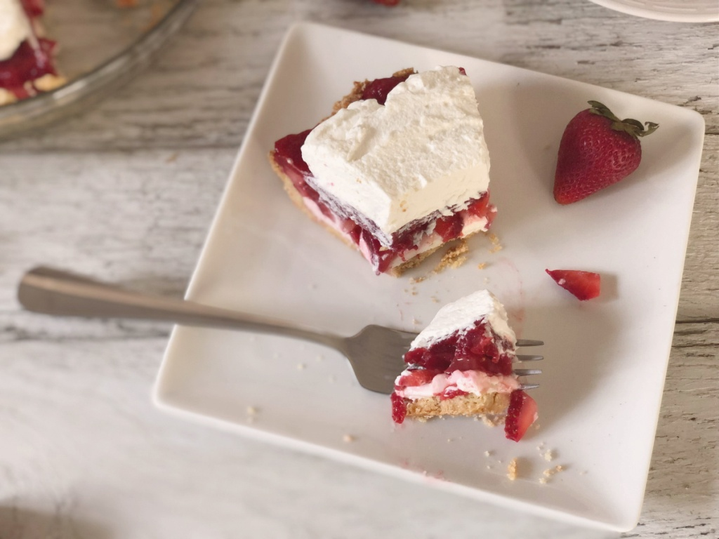 forkful of keto strawberry pie