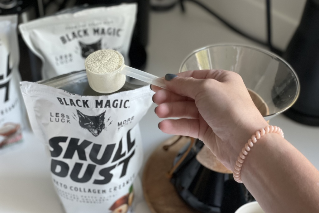 scoop of keto coffee creamer