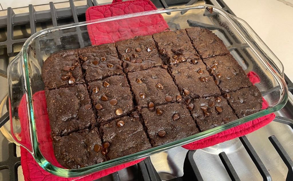 duncan hines keto chocolate brownies in pan