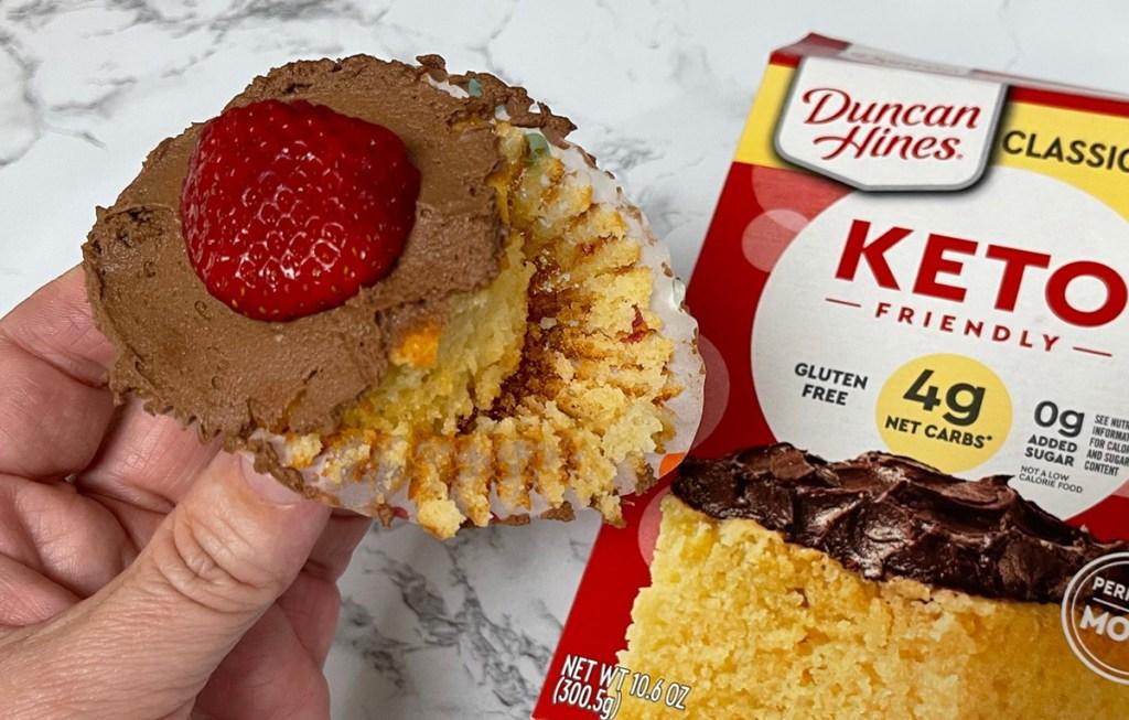 keto cupcake