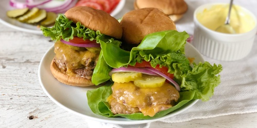 Your Tastebuds Called… They Want You to Try This Keto Smash Burger Recipe ASAP!