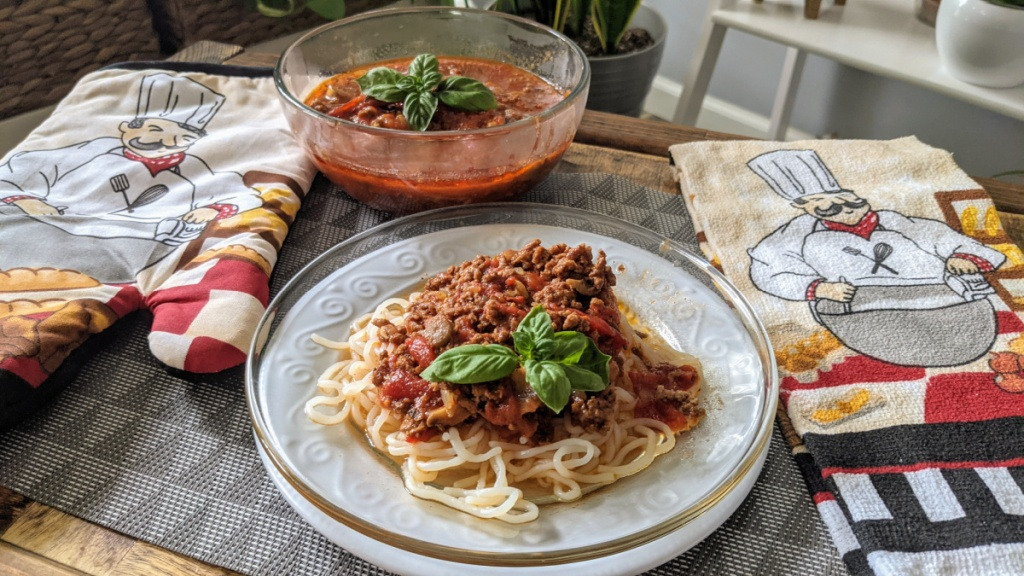 umami meat sauce over low carb pasta