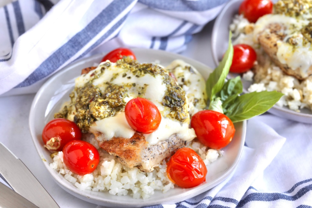 Grilled chicken margherita plated
